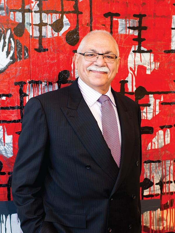 Dr Nicholas Lolatgis
